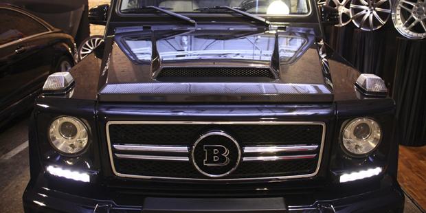 Рестайлинг Mercedes-Benz G-класса + тюнинг BRABUS + карбоновый капот +  NANOкерамика