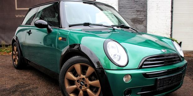 Перекраска автомобиля MINI в зеленый цвет